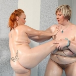 Wild Chubby redhead fight vs FAT GIRL blonde