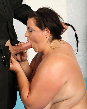 Free bare naked wrestling pics with CHUBBY fighters