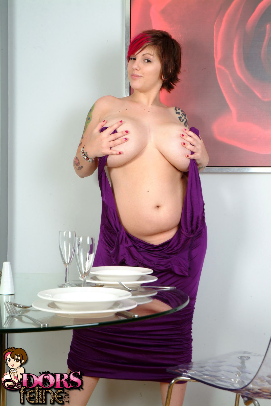 dinner plates women nude