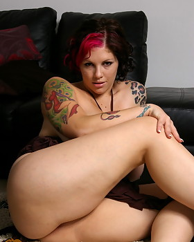 Horny plentiful tit sweetie Dors gets bare naked & plays with her tight shaved pussy